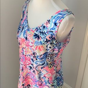 🌴 Lilly Pulitzer Tank top shirt!